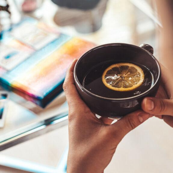 Ein heißes Bad erfrischt den Körper und eine Tasse Tee den Geist :-)   Ich gebe dir Tipps für geniale Geschenkideen & coole Gadgets zum Verschenken an dich selbst oder an deine Liebsten ;-)