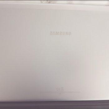 Rückseite Samsung Galaxy Book 10.6 Wifi | Was du vom Samsung Galaxy Book 10.6 Wifi erwarten kannst